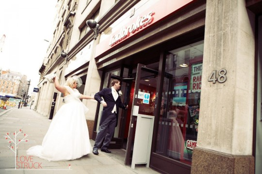 London Urban Wedding, london wedding photography, london vintage wedding
