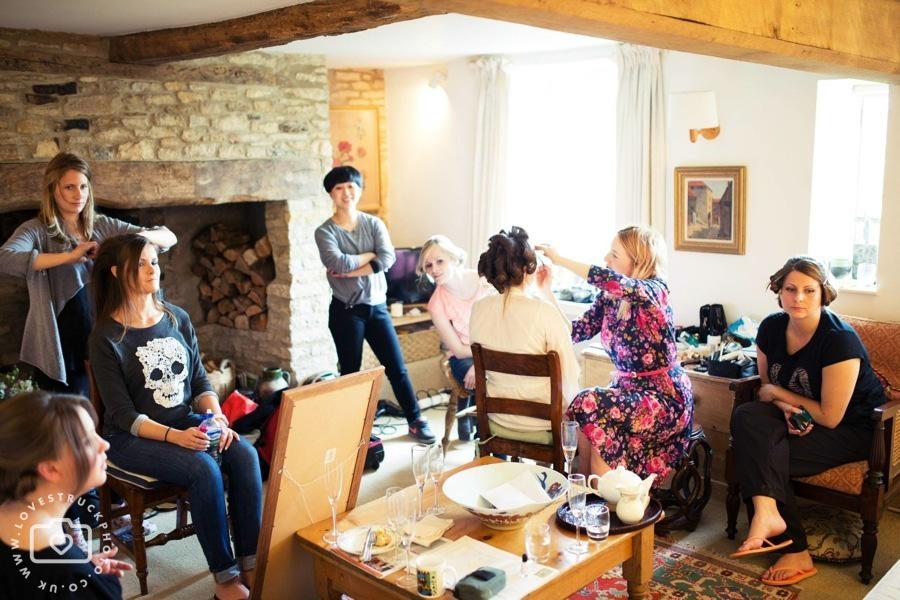 oxfordshire wedding photography, cripps barn wedding