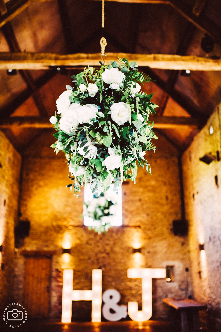cripps barn wedding photography, oxfordshire wedding photography