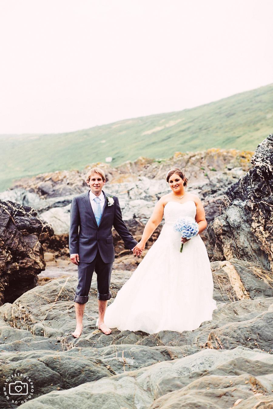 seaside cornwall wedding, seaside wedding portraits