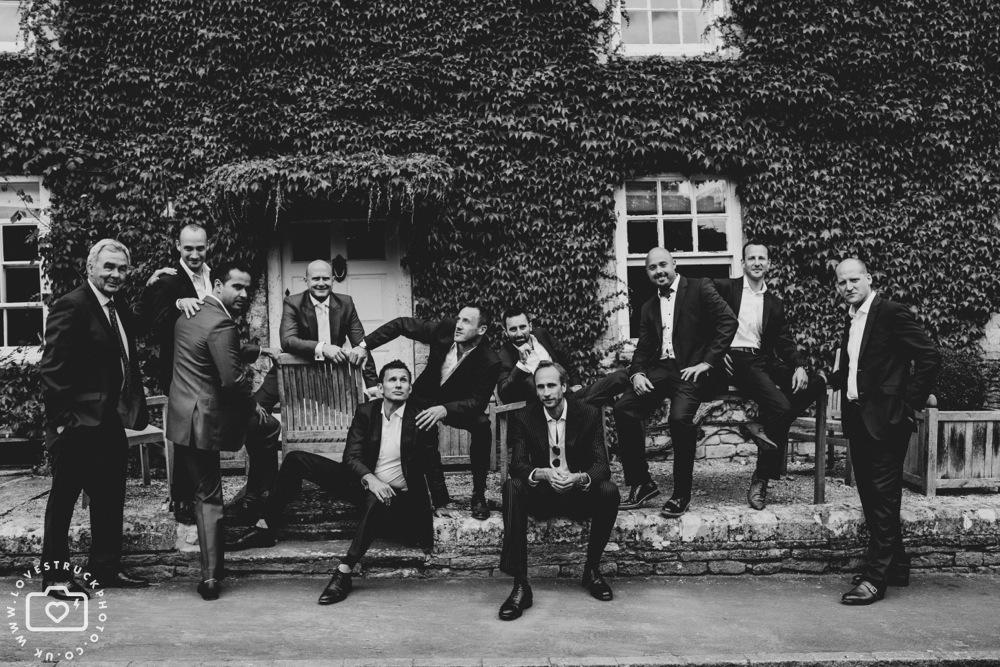 funny groomsmen photos, fun wedding photography