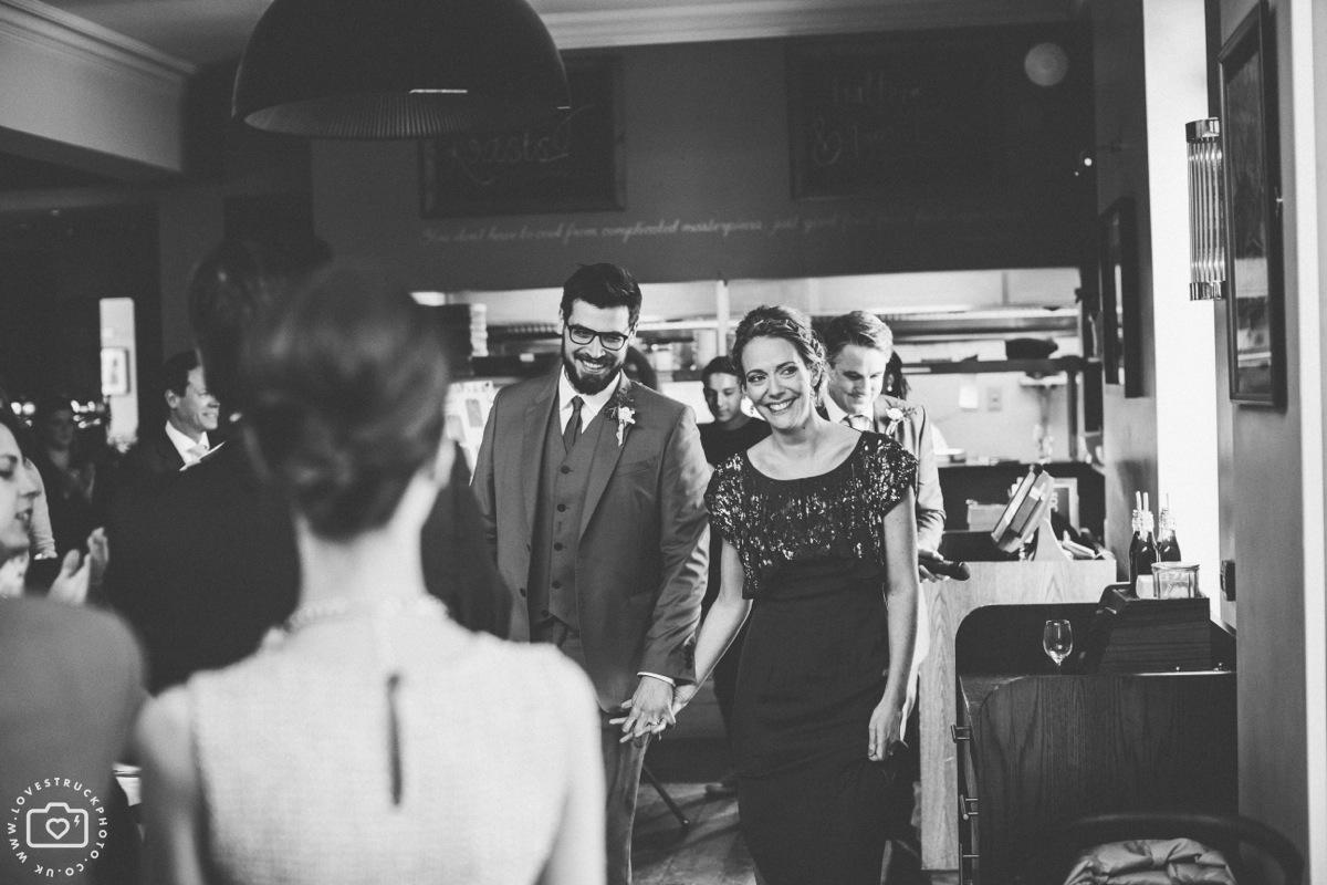 london pub wedding, islington wedding photographer