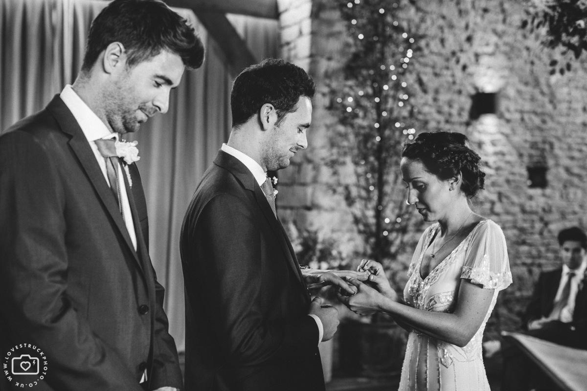 cottswolds wedding cripps barn, quirky wedding photographer, cripps barn photographer