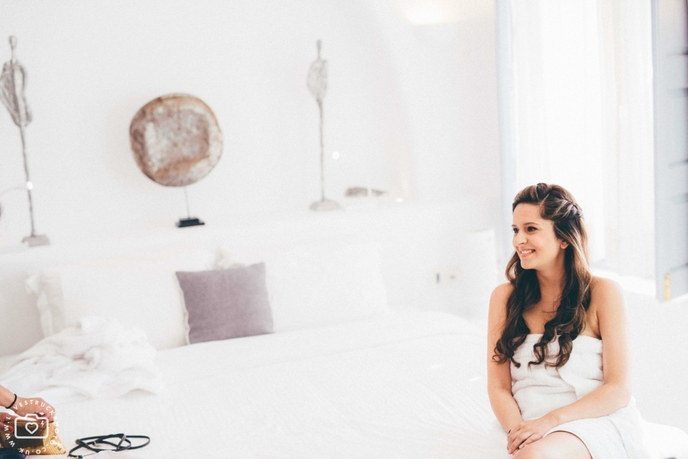 Dana villas Santorini Wedding, vintage santorini wedding, bridal preps santorini, destination wedding photographer