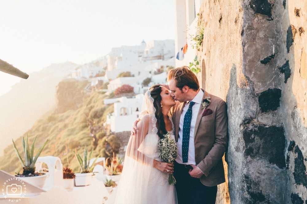 vintage wedding portraits in santorini, destination wedding santorini, fira wedding portraits