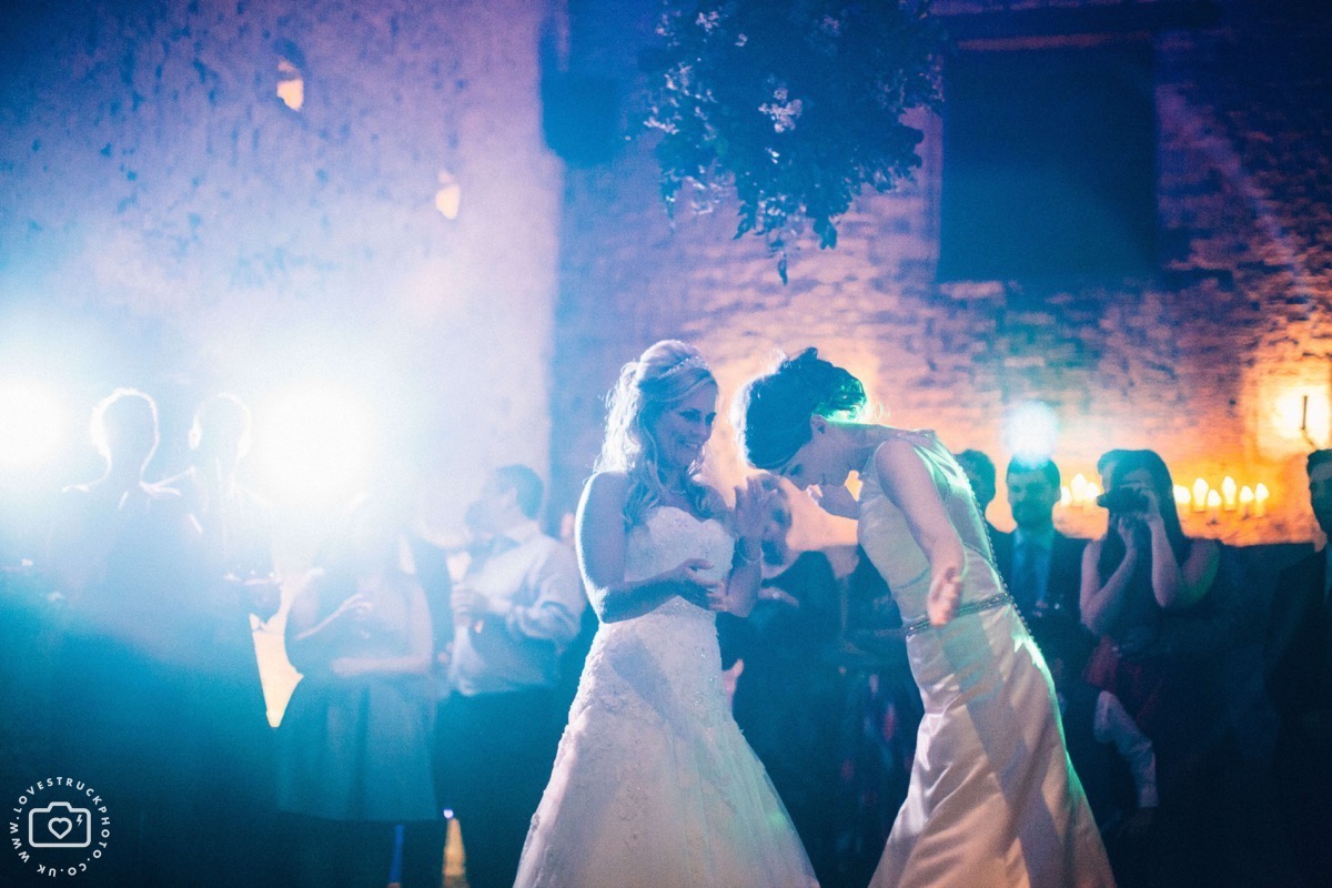 cripps barn dancing, wedding first dance, fun wedding photography