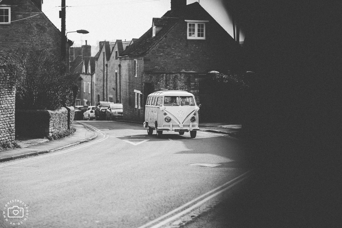 charlbury church wedding, oxfordshire wedding photography, VW camper wedding