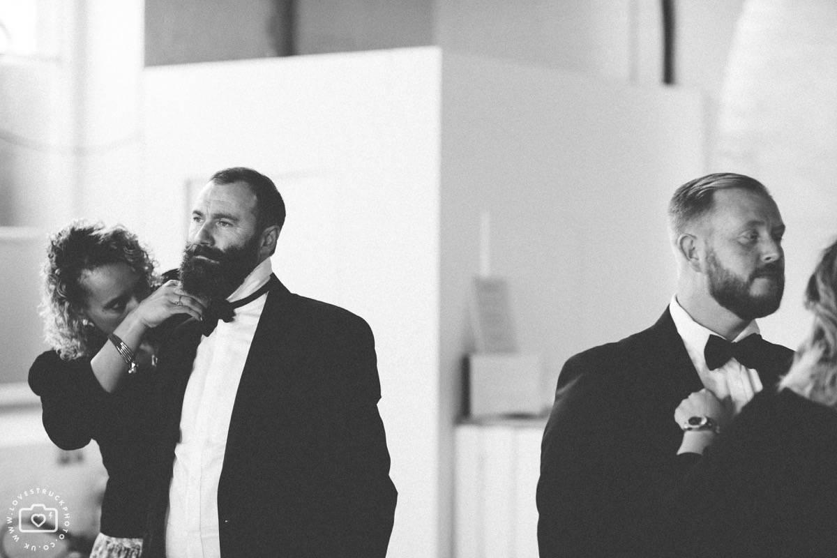 warehouse wedding london, industrial wedding london, trinity buoy wharf wedding, thames river wedding