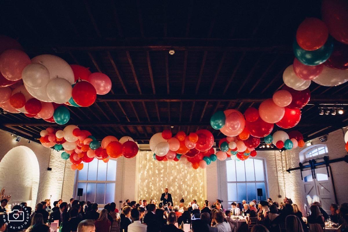 trinity buoy wharf wedding, chain and buoy store wedding reception, trinity buoy wharf speeches, big wedding balloons