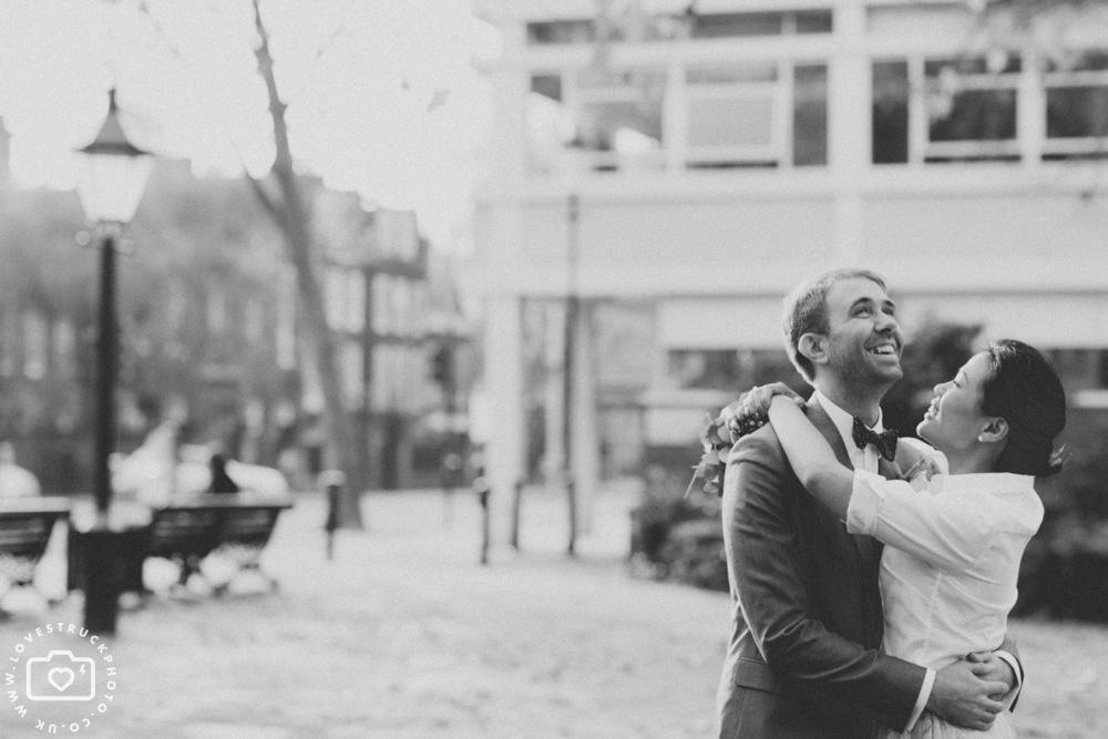 fun wedding photography london, quirky wedding in Kensington
