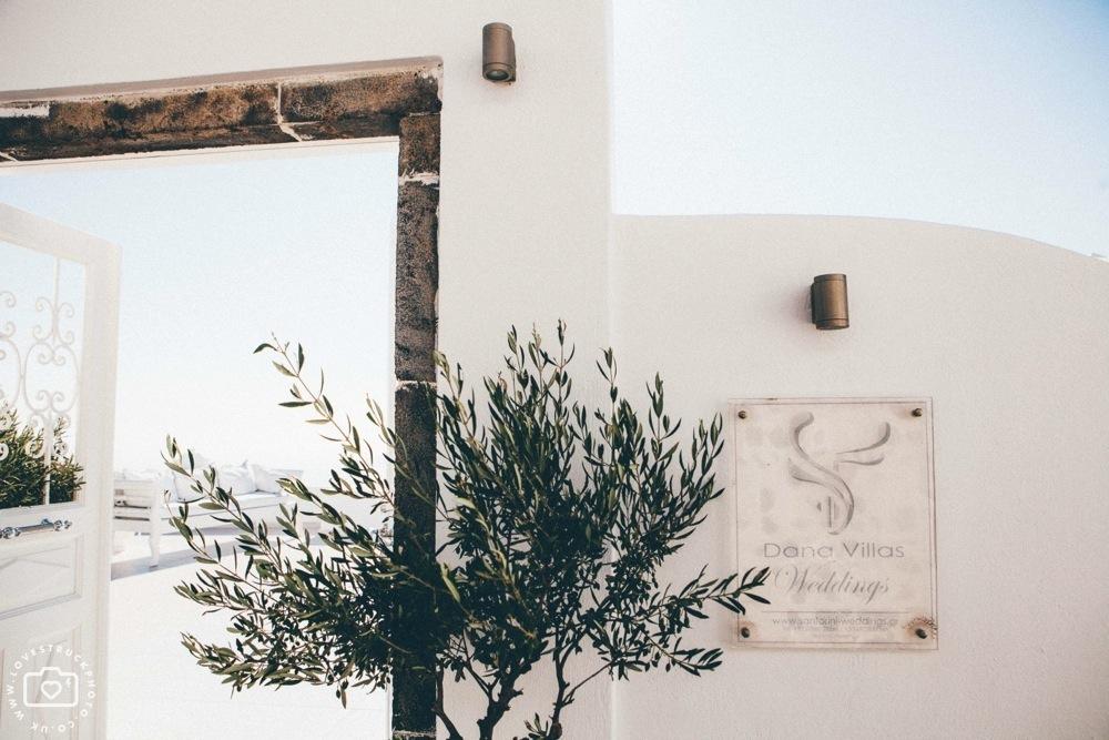 dana villas wedding ceremony santorini, thira wedding ceremony, fira wedding ceremony