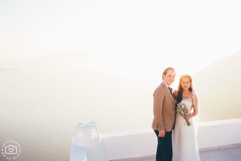 santorini vintage wedding, santorini sunset wedding portraits, santorini wedding photographer