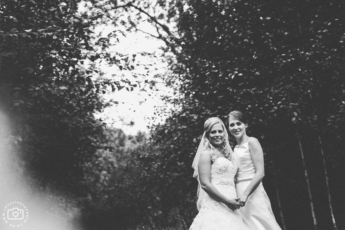 barn wedding cotswolds, cripps barn wedding, same sex wedding photographs